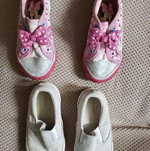 Toddler girls sneakers size 7C (Disney &